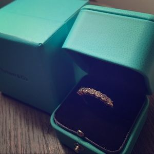 11K SALE🎀 Tiffany & Co. 18k Gold diamond band